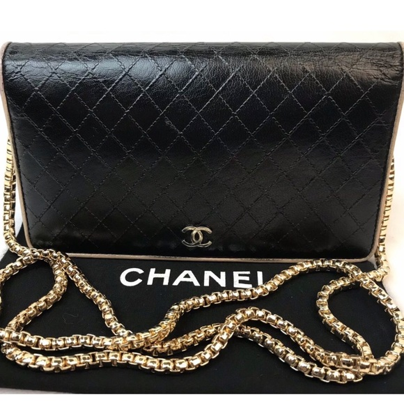 CHANEL Handbags - CERTIFIED AUTH. CHANEL QUILTED CC LOGO LONG WALLET